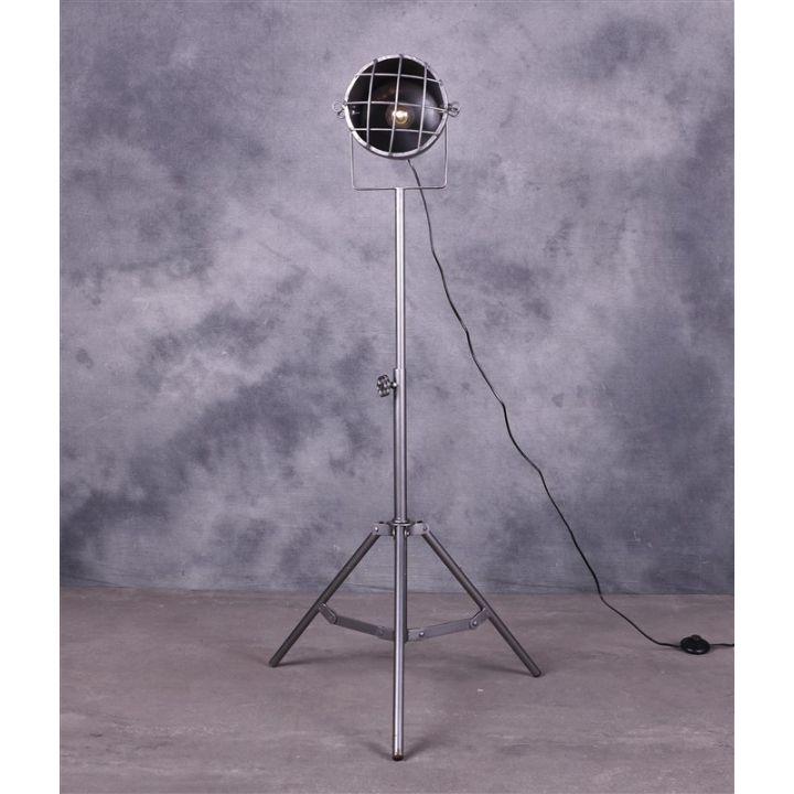 grijze industriële lamp