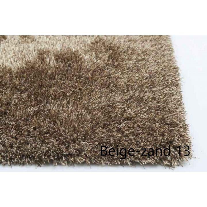 hoogpolig karpet zand beige